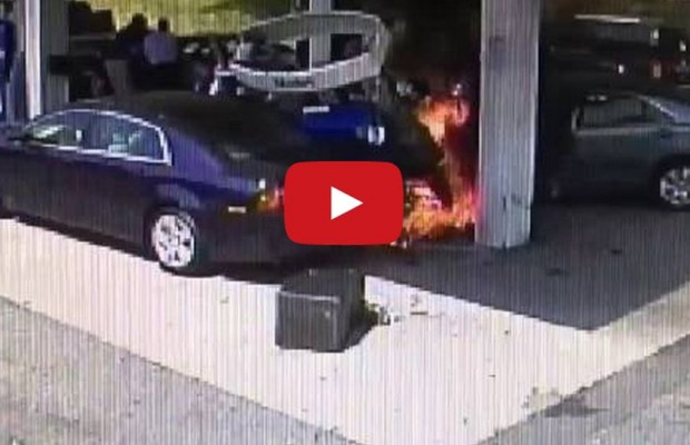 Off Duty Cop Saves A Man, After Gas Station Crash